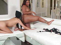 Interracial Lesbian Sex By Gianna & Chanell