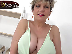 It's titty age with broad in the beam boob mature Sprog Sonia
