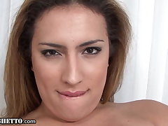 Trans MILF Gives A Dank Solo Anal Fingering Performance