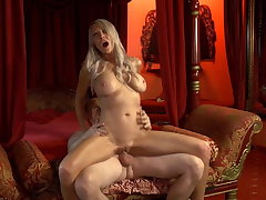 Emma Starr likes riding dick - what a total milf superstar