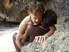 African teen gets anal fucked on be transferred to beach