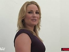 Flower Tucci titbits his piss and sucks his dick