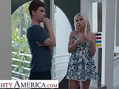 Ill-tempered America Carmen Caliente seduces friend's husband
