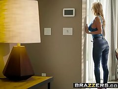 Brazzers - Real Wife Stories - Odd Jobs scene working capital Alexis Fawx and Danny D