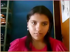 desi cute teen showing on the top of webcam